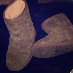 Ugg boots army print